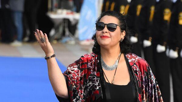 Певица Мариам Мерабова на церемонии открытия 17-ого ежегодного международного кинофестиваля стран Азиатско-Тихоокеанского региона (АТР) Меридианы Тихого во Владивостоке