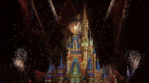 Стоп-кадр видео с изображением виртуального фейерверка в Walt Disney World Resort