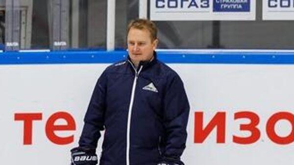 Финский специалист Томи Лямся