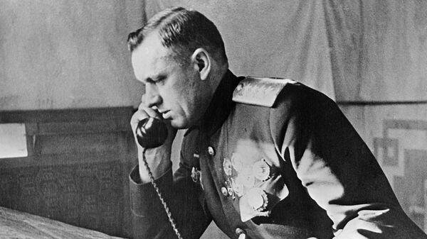 Командующий I-м Белорусским фронтом генерал армии Константин Рокоссовский.