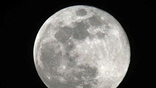 Открытие ученых поставило под сомнение теорию возникновения Луны
