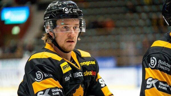 Шведский хоккеист Джонатан Пудас