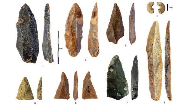 Каменные артефакты из верхнего палеолита пещеры Бачо Киро, Болгария