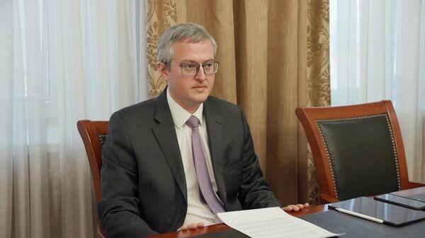 Временно исполняющий обязанности главы Камчатского края Владимир Солодов выступает за упрощение предвыборного сбора подписей