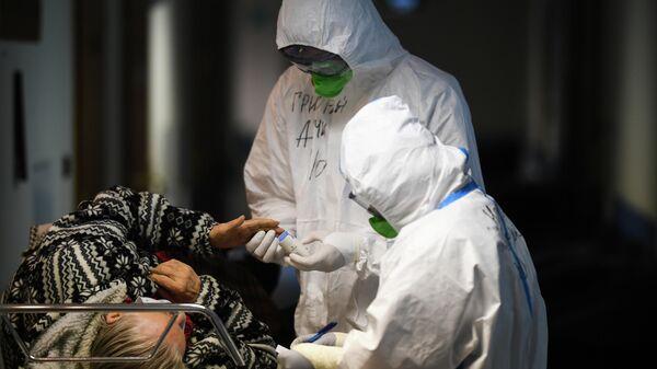 В России выявили 9709 новых случаев заражения коронавирусом