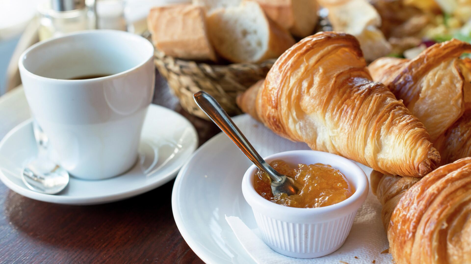 Традиционный французский завтрак  - РИА Новости, 1920, 01.10.2020