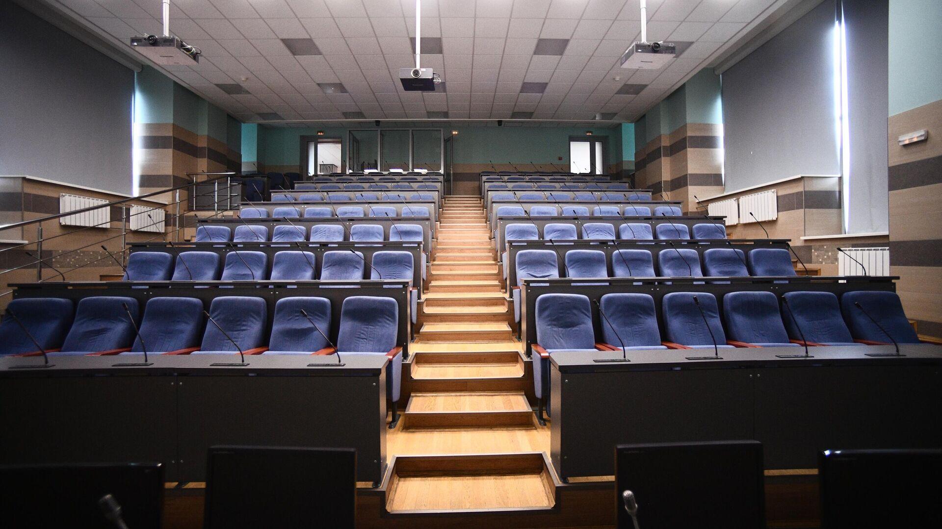 Пустая аудитория Национального исследовательского технологического университета МИСиС - РИА Новости, 1920, 06.12.2020
