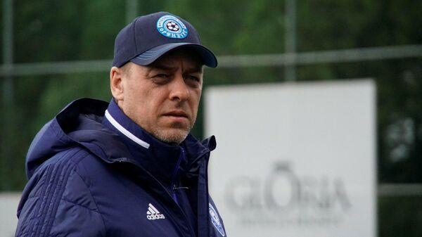 Главный тренер футбольного клуба Оренбург Ильшат Айткулов