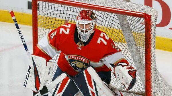 Вратарь клуба НХЛ Флорида Пантерз Сергей Бобровский
