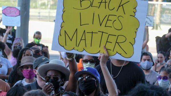 Акция протеста в Миннеаполисе