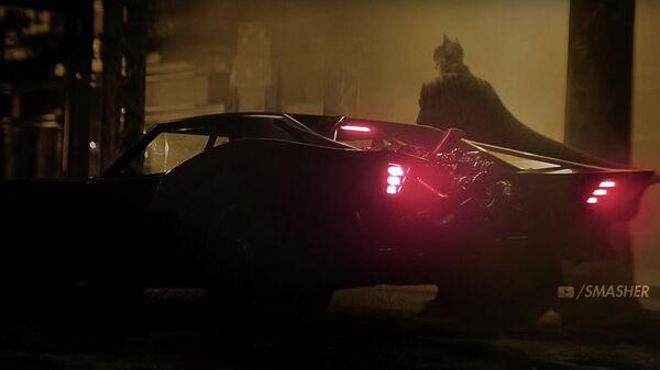 Скриншот видео Бэтмобиля