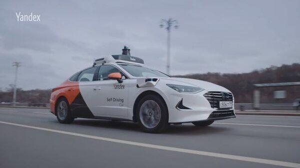 Тест-драйв новых беспилотников от Hyundai и Яндекса на улицах Москвы