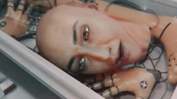Кадр из клипа на песню Кислород Лолиты Милявской