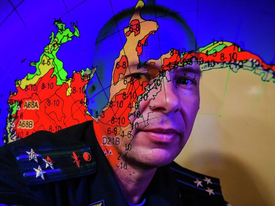 Член экипажа исследовательского судна Балтийского флота Адмирал Владимирский полковник Сергей Дьяков