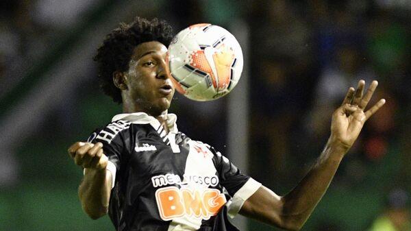 Нападающий юношеской сборной Бразилии по футболу и Васко да Гама Таллес Маньо