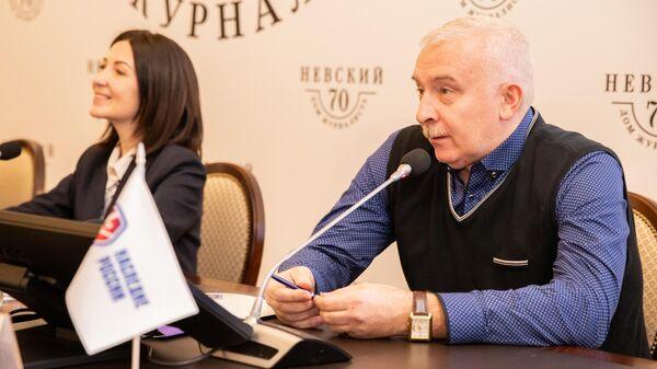 Главный тренер женского гандбольного клуба Балтийская заря Юрий Бабенко