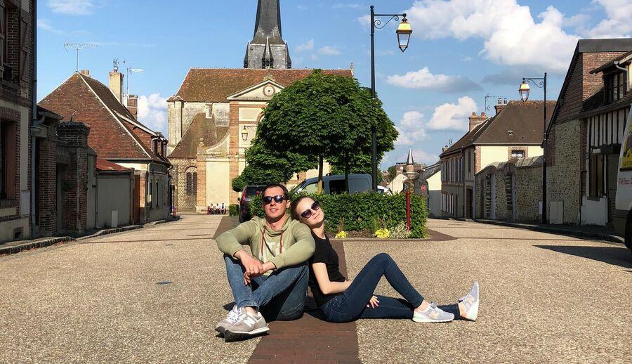 Верней-Сюр-Авр, Нормандия, Франция. С женой Ольгой