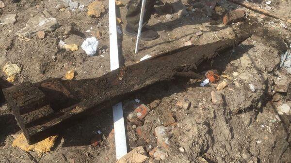 Захоронение, обнаруженное во время земляных работ в городе Тара Омской области