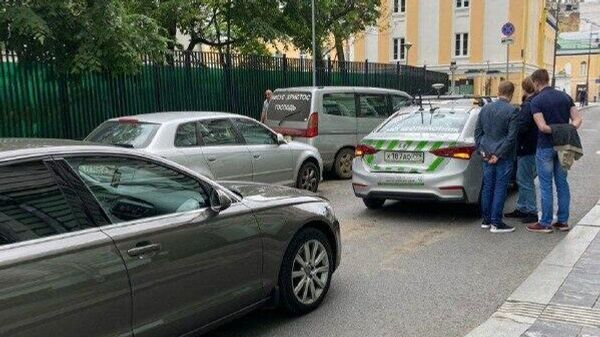 ДТП с участием беспилотного автомобиля Мостранспроекта в центре Москвы