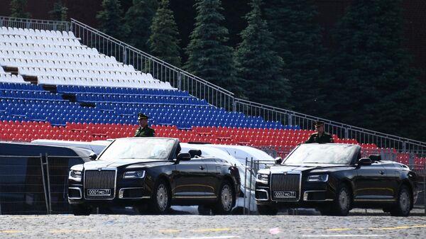 Кабриолеты Aurus на Красной площади