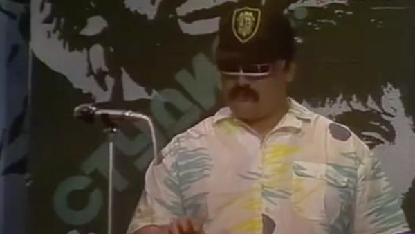 Олег Парастаев в клипе На заре