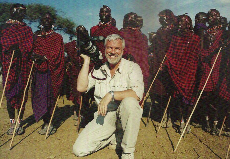 Дмитрий Крылов с народом масаи в Кении