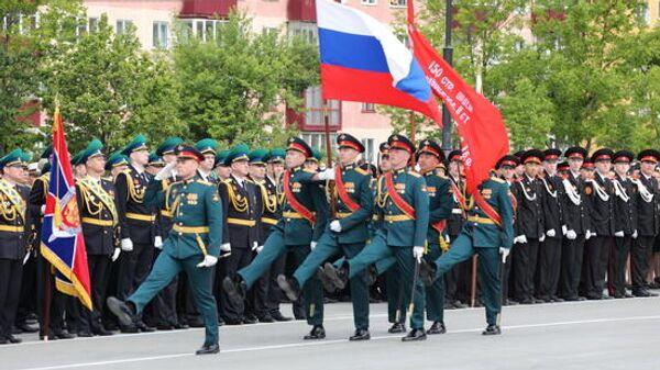 Военный парад в Южно-Сахалинске, посвященный 75-й годовщине Победы 24 июня 2020