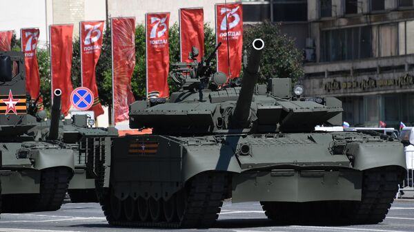Военная техники перед началом военного парада в ознаменование 75-летия Победы в Великой Отечественной войне 1941-1945 годов на Красной площади в Москве