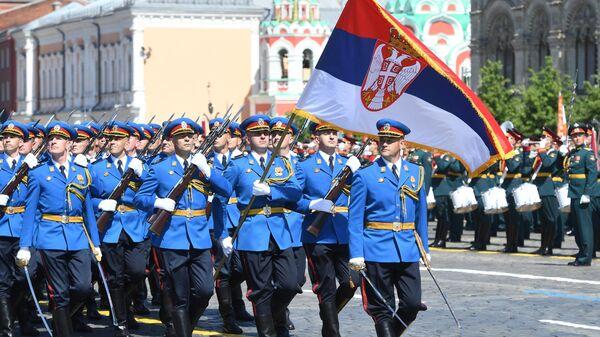 Парадный расчет армии Сербии во время военного парада в ознаменование 75-летия Победы в Великой Отечественной войне 1941-1945 годов на Красной площади в Москве