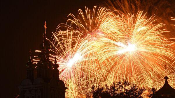 Фейерверки в День Победы в Москве пройдут на 31 точке
