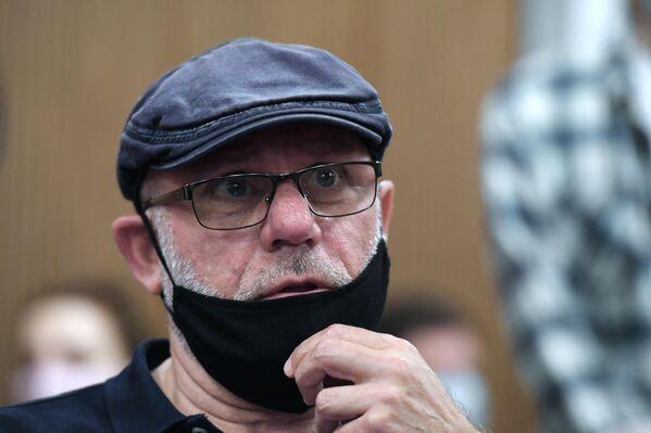 Бывший гендиректор Гоголь-центра Алексей Малобродский перед оглашением приговора режиссеру Кириллу Серебренникову