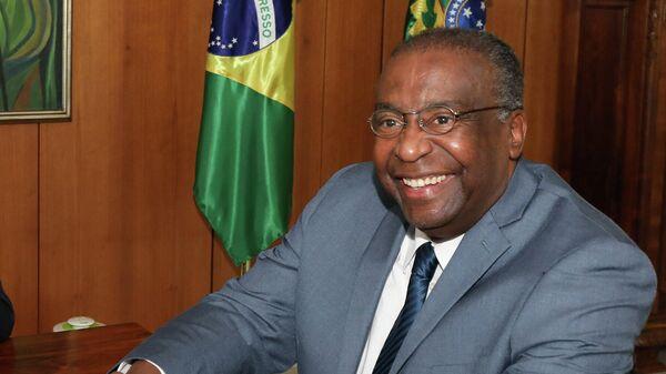 Министр образования Бразилии Карлос Декотелли