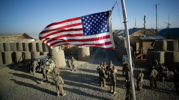 Американский флаг на оперативной базе Кушамонд в афганской провинции Пактика