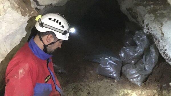 """Исследование пещеры """"Таврида"""""""
