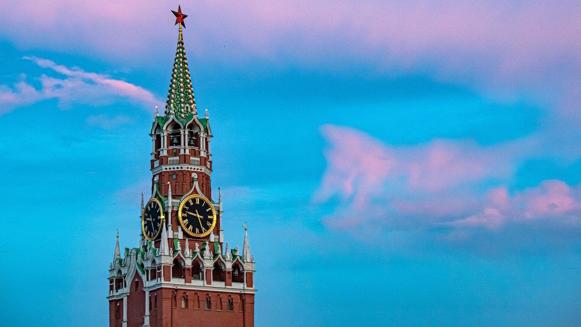 Спасская башня Кремля - РИА Новости, 1920, 03.11.2020