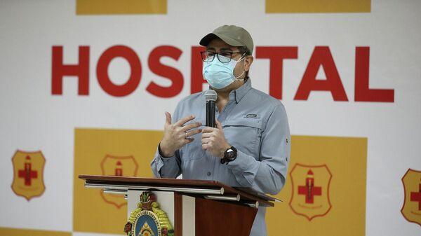 Президент Гондураса Хуан Орландо Эрнандес во время выписки из военного госпиталя в Тегусигальпе