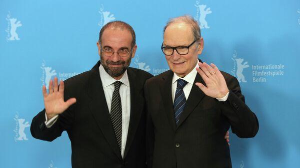 Композитор Эннио Морриконе (справа) и режиссер Джузеппе Торнаторе на фотосессии фильма Лучшее предложение