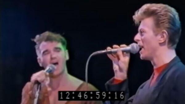 Британские музыканты Моррисси и Дэвид Боуи