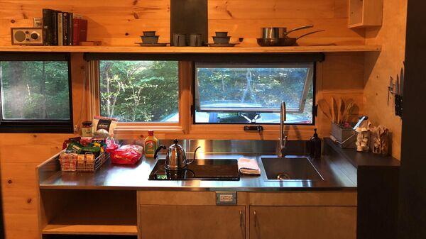 Внутреннее обустройство мобильного дома (кухня)