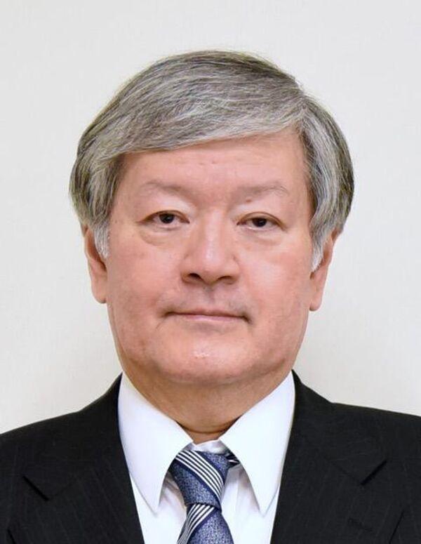 Профессор Кадзухиро Кондо