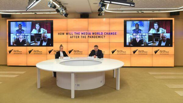 Медиаменеджеры стран БРИКС, на круглом столе, организованном информационным агентством и радио Sputnik