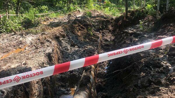 На месте происшествия в Комсомольском районе Хабаровского края, где в результате разгерметизации нефтепровода нефтепродукты попали в озеро Голое