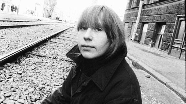 Янка Дягилева на фото Олега Зотова, Ленинград, 1989