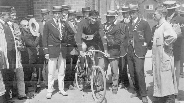 Победитель Олимпийских игр 1912 года в велоспорте Рудольф Льюис