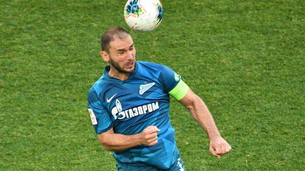 Игрок ФК Зенит Бранислав Иванович