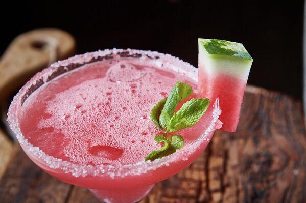Арбузный коктейль