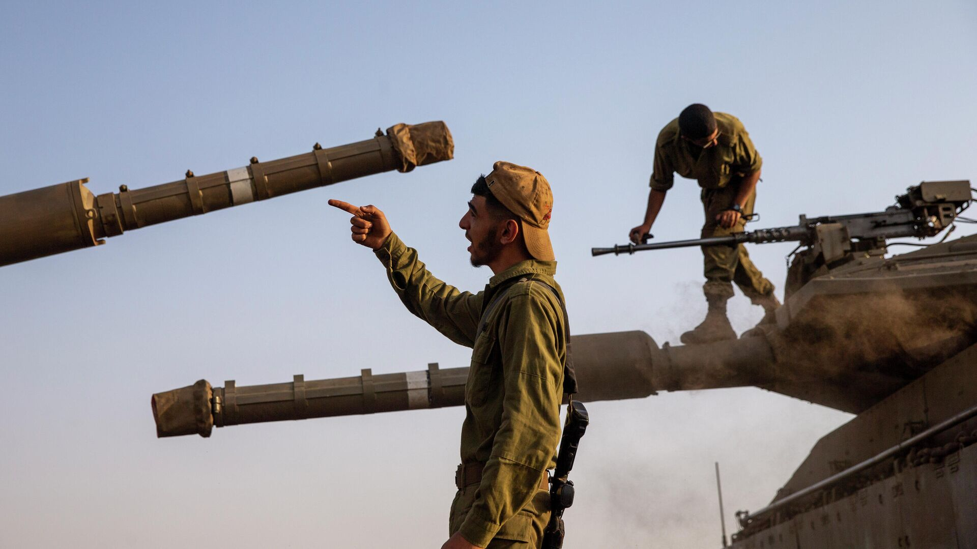 Израильские солдаты на Голанских высотах рядом с сирийской и ливанской границами - РИА Новости, 1920, 27.09.2020
