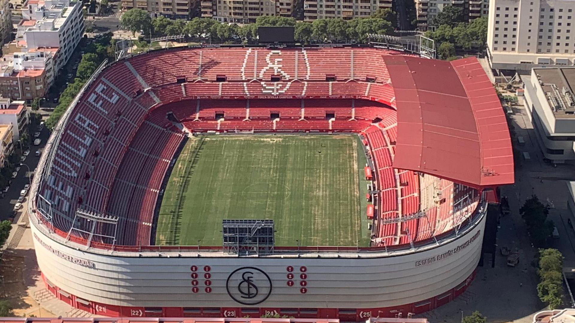 Футбольный стадион Рамон Санчес Писхуан в Севилье - РИА Новости, 1920, 16.04.2021