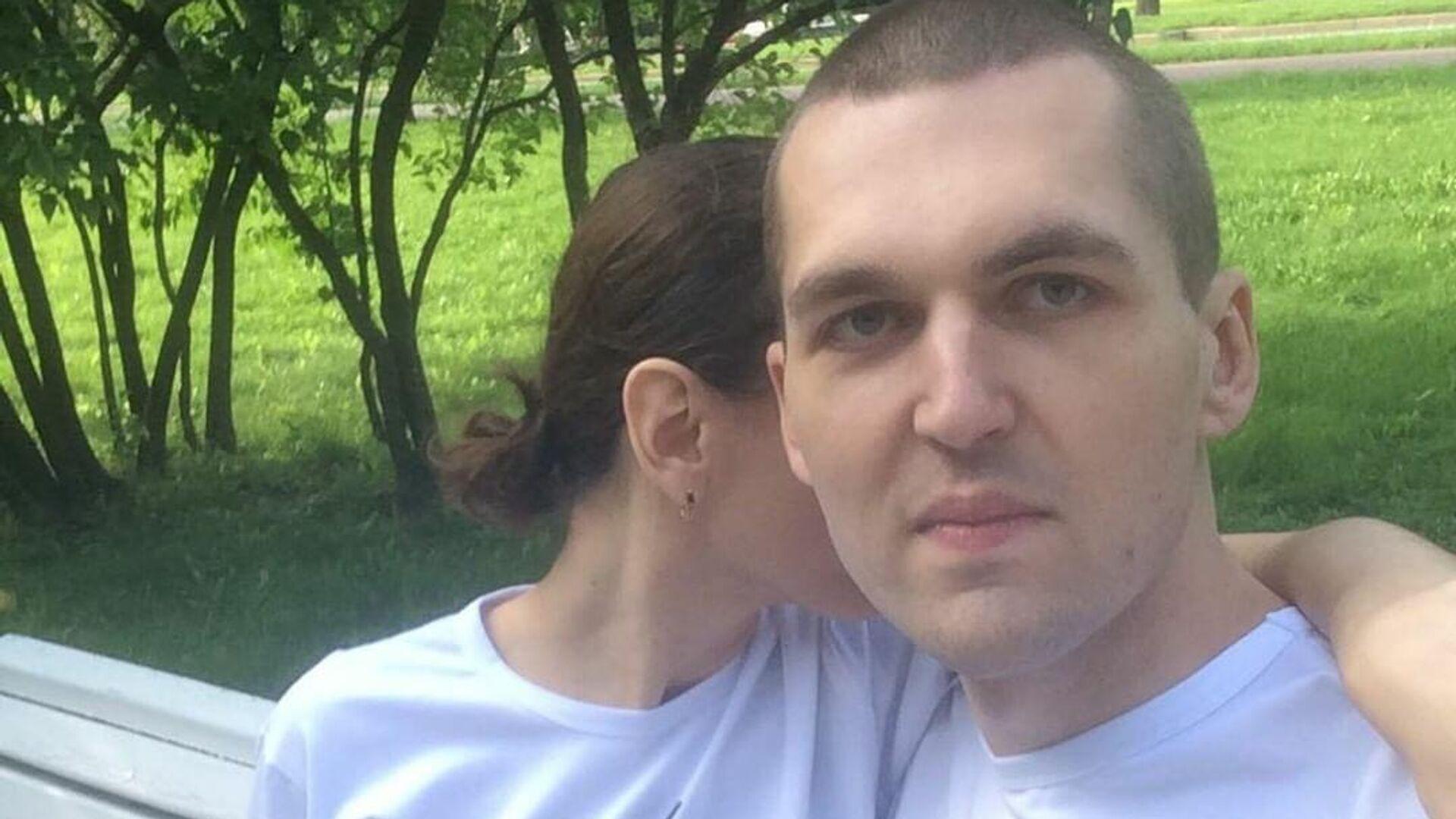 Рэпер Энди Картрайт с женой - РИА Новости, 1920, 02.08.2020