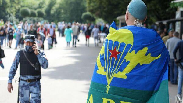 Празднование 90-й годовщины со дня образования Воздушно-десантных войск в Москве. 2 августа 2020